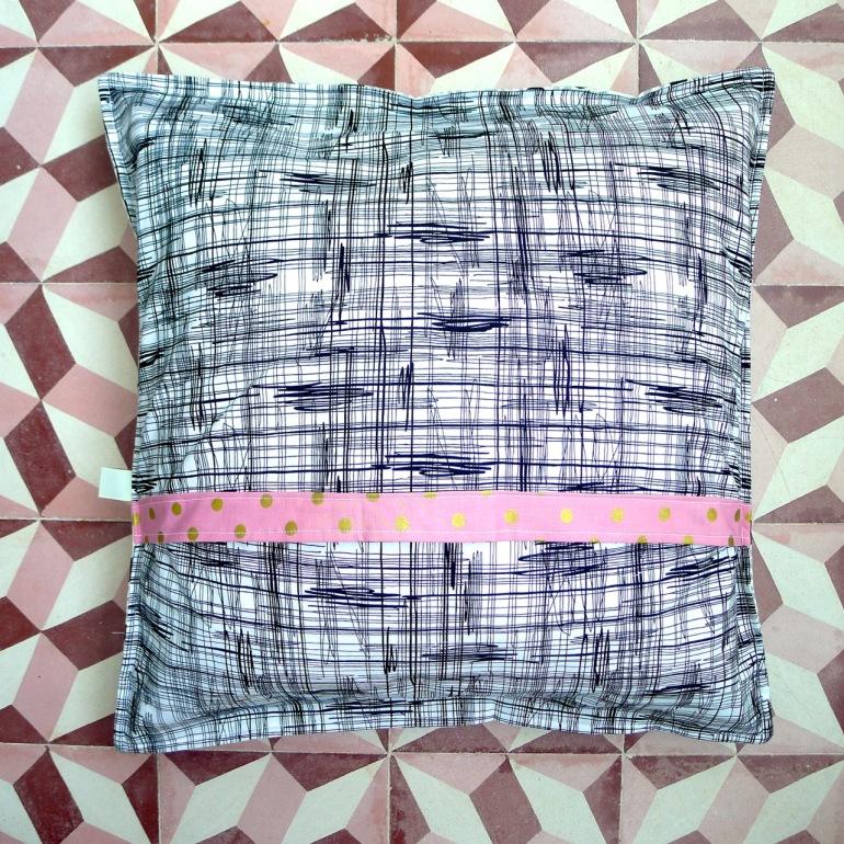 almofada pink & black
