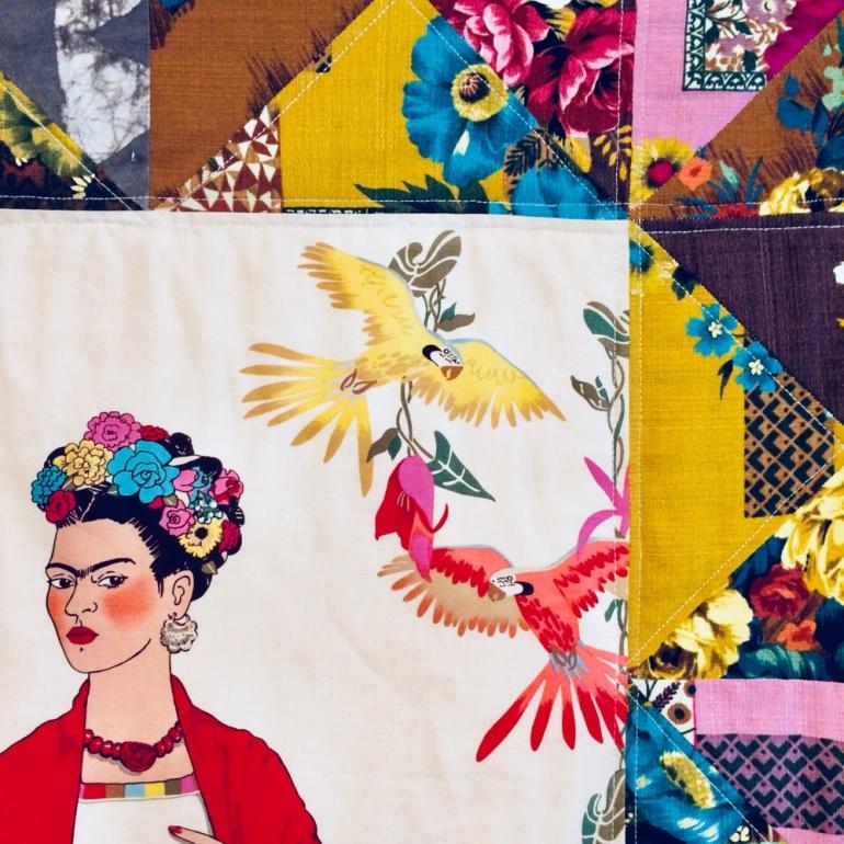 painel Frida beje